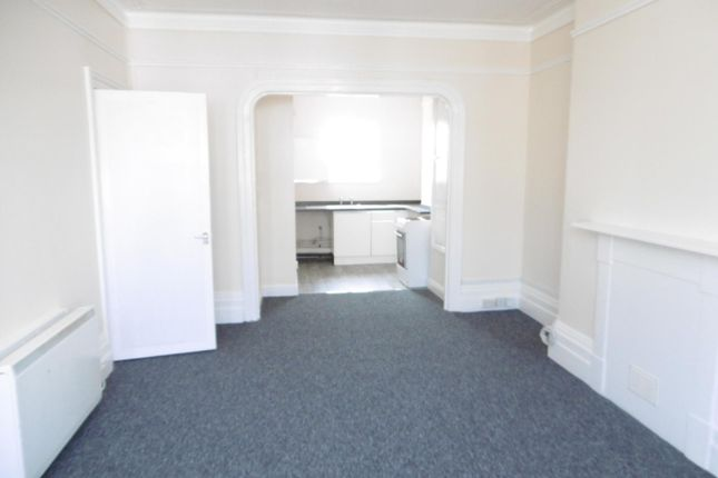 Thumbnail Flat to rent in Queens Square, Regent Road, Great Yarmouth