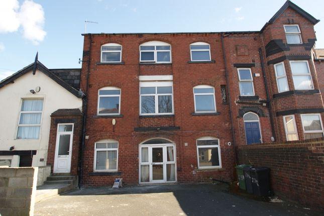 Thumbnail Property to rent in Regent Terrace, Hyde Park, Leeds