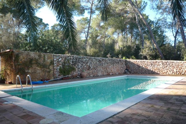 4 bed finca for sale in Camino Vell De Sant Mateu 23, Balearic Islands, Spain