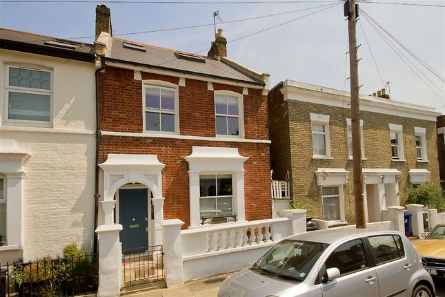 Thumbnail Semi-detached house to rent in Cowper Road, London