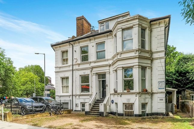 Thumbnail Room to rent in Grove Crescent, Kingston Upon Thames
