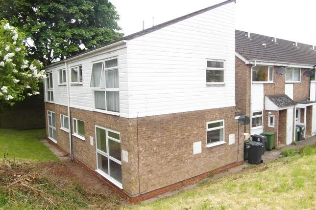 Thumbnail Flat to rent in Pennine Road, Bromsgrove