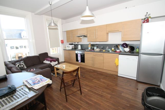 Thumbnail Flat to rent in Osborne Road, Jesmond