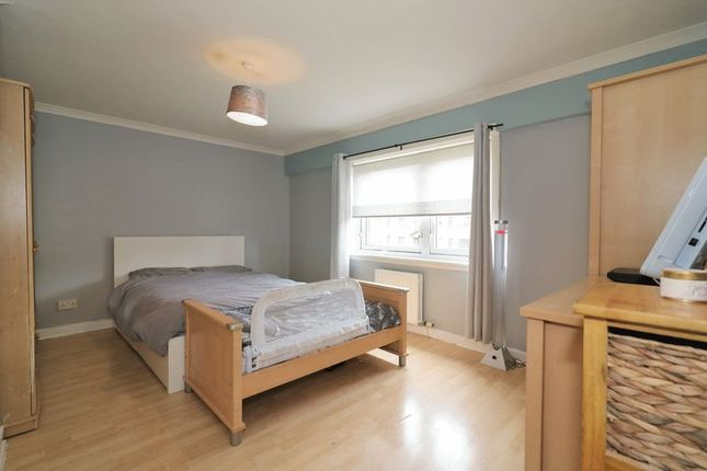 Master Bedroom of Neilston Road, Paisley PA2
