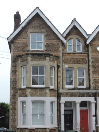2 bed flat to rent in Farnham Rd, Town Centre, Guildford GU2