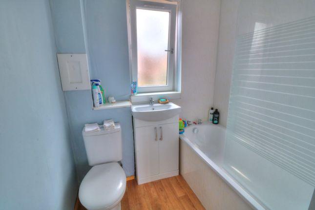 Bathroom of Williamson Court, Largo Street, Arbroath DD11