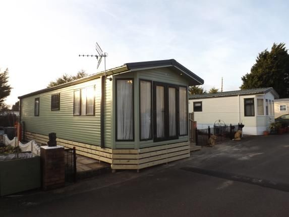 Thumbnail Mobile/park home for sale in Oxcliffe Road, Heaton With Oxcliffe, Morecambe