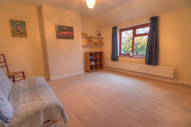 Bed 2 of Crabtree Green, Wrexham LL13