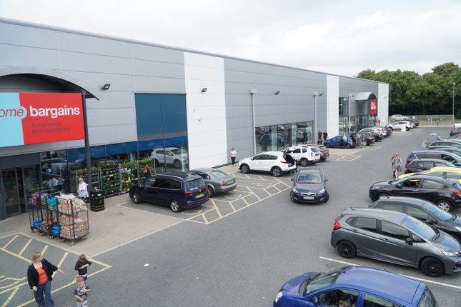 Thumbnail Retail premises to let in Unit 2 Barnfield Road Retail Park, Great Western Way, Swindon