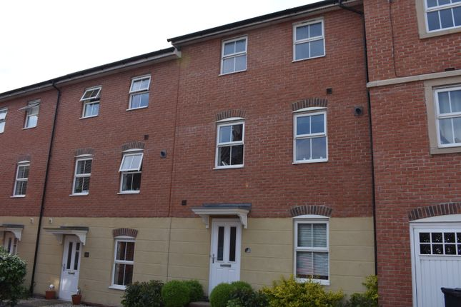 Thumbnail Town house for sale in Drovers, Sturminster Newton