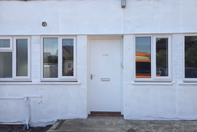 2 bed bungalow to rent in Gate Lane, Wells