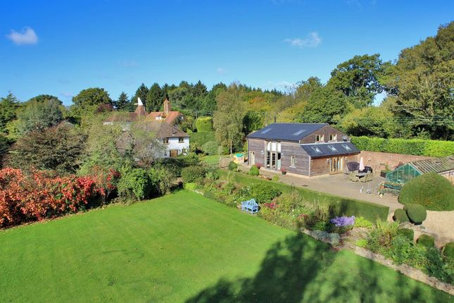 Thumbnail Barn conversion for sale in Park Lane, Cranbrook, Kent