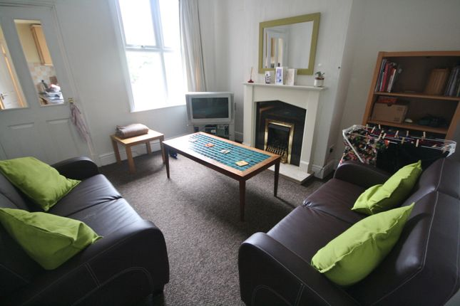 Thumbnail Terraced house to rent in Filbert Street East, Welford Road, Leicester