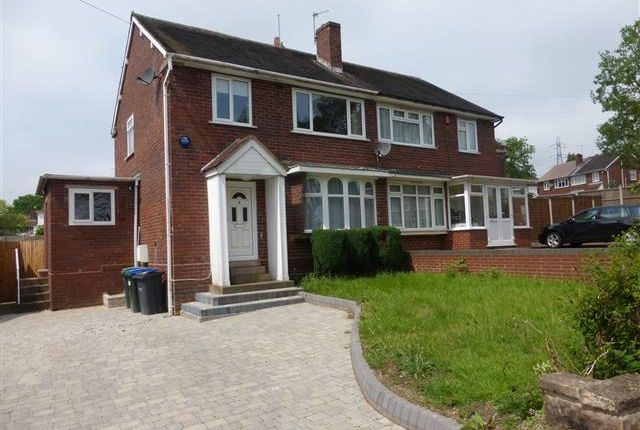 3 bed semi-detached house to rent in St Margarets Road, Great Barr, Birmingham