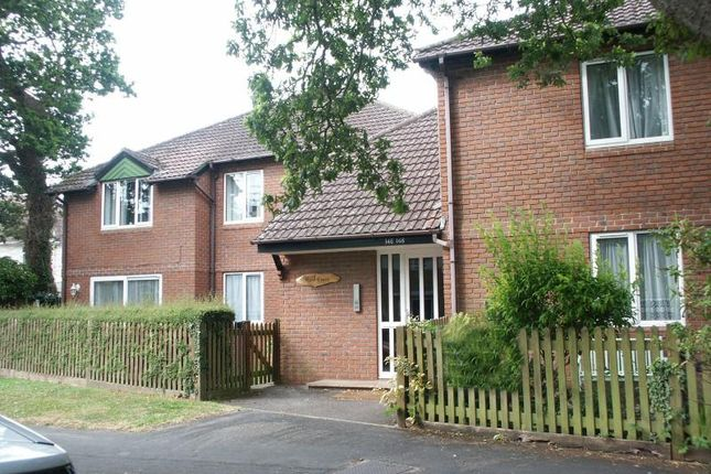 2 bed flat for sale in Station Road, New Milton