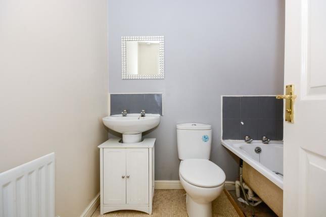 Bathroom of East Street, Warsop Vale, Mansfield, Nottinghamshire NG20