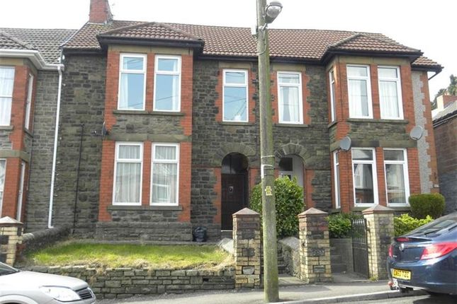 Thumbnail Flat to rent in Cefn Road, Blackwood