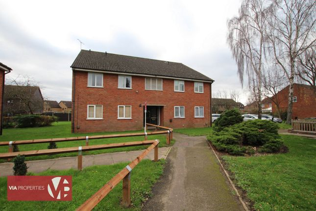 1 bed flat for sale in Galloway Close, Broxbourne EN10