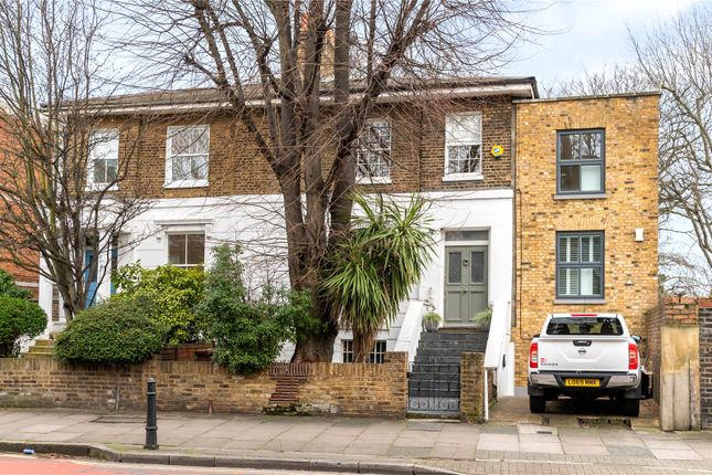 Front Exterior of Southgate Road, London N1