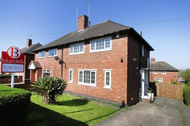 3 bed semi-detached house for sale in East Glade Crescent, Sheffield, South Yorkshire