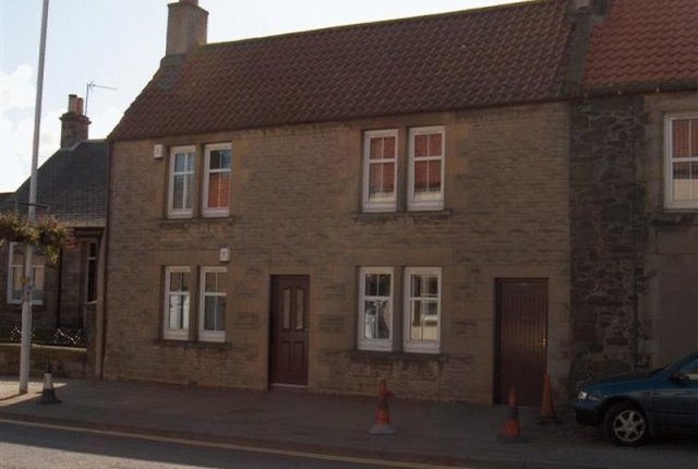 Thumbnail Flat to rent in High Street, Leslie, Fife 3Db