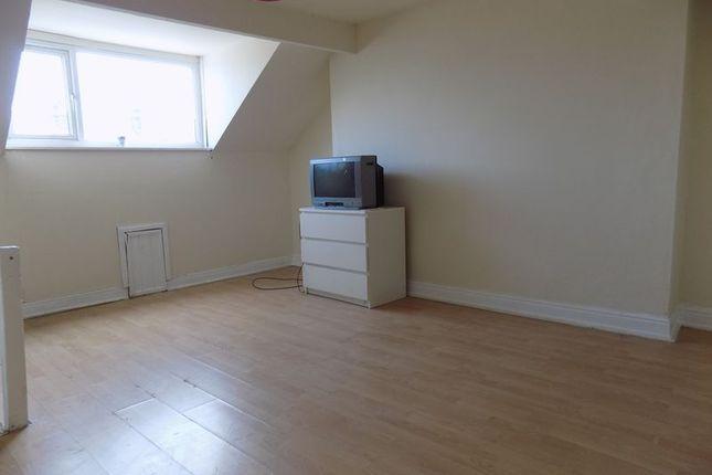 Bedroom of Delamere Street, Bradford BD5