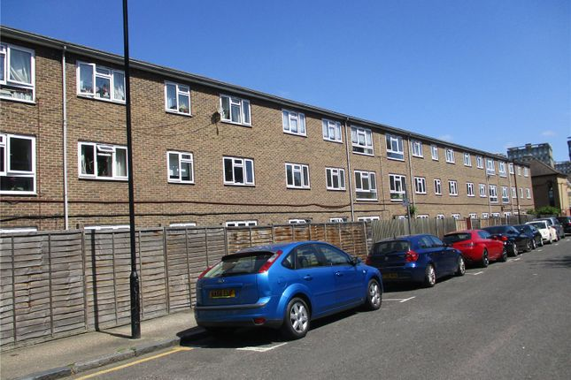 Thumbnail Flat to rent in Brierly Gardens, Bethnal Green