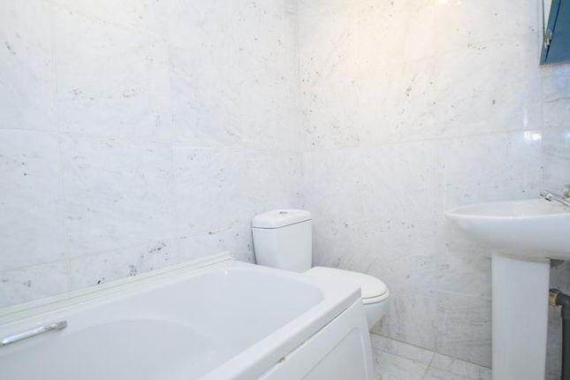 Bathroom of Nibthwaite Road, Harrow HA1