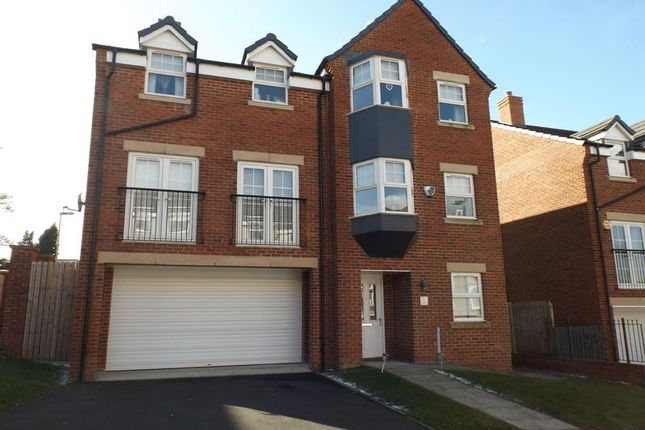 Thumbnail Detached house for sale in Loansdean Wood, Morpeth