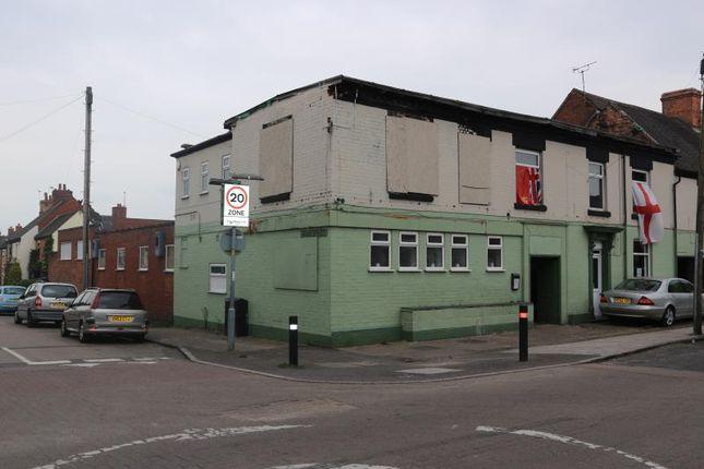 Thumbnail Pub/bar for sale in Church Road, Nuneaton