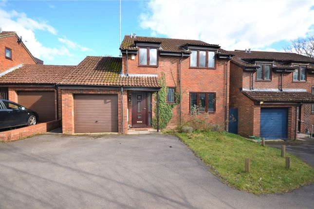 Picture No. 25 of Cambrian Way, Calcot, Reading, Berkshire RG31