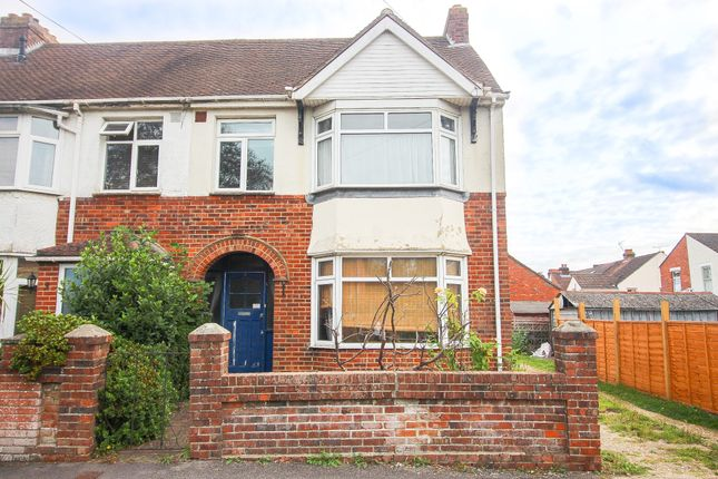 3 bed end terrace house to rent in Leigh Road, Fareham PO16