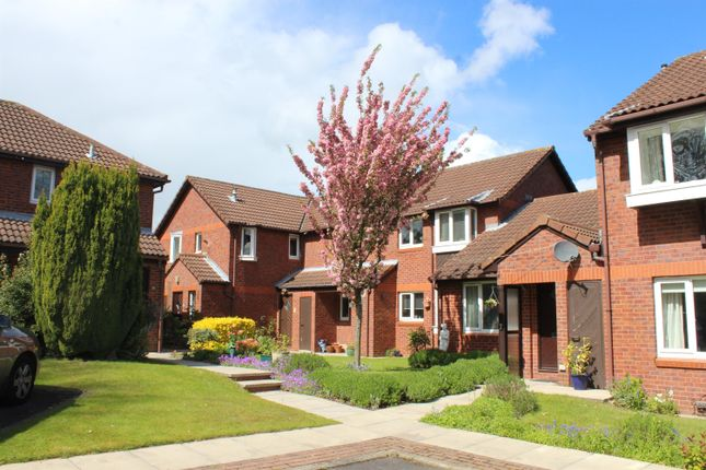 Thumbnail Flat for sale in Thorner Lane, Scarcroft, Leeds