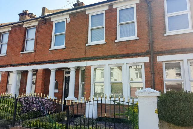 3 bed terraced house to rent in St. James's Avenue, Gravesend DA11