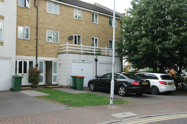 Thumbnail Terraced house for sale in Grimsby Grove, North Woolwich