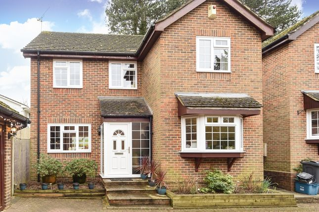 Thumbnail Detached house to rent in Hadley Wood Rise, Kenley