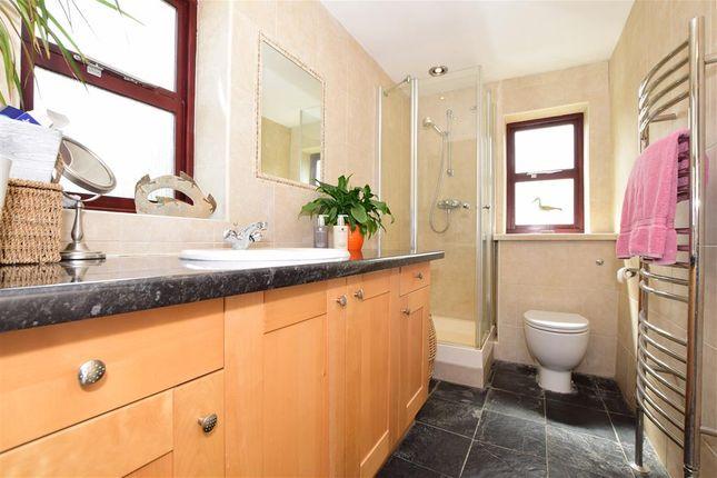 En-Suite of Red Hill, Wateringbury, Maidstone, Kent ME18