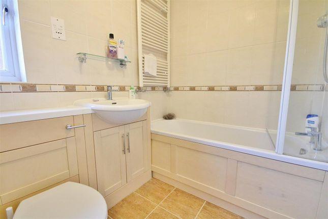 Bathroom of Poynter Place, Kirby Cross, Frinton-On-Sea CO13