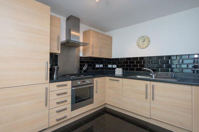 Kitchen1 of Pinkhill Park, Edinburgh EH12