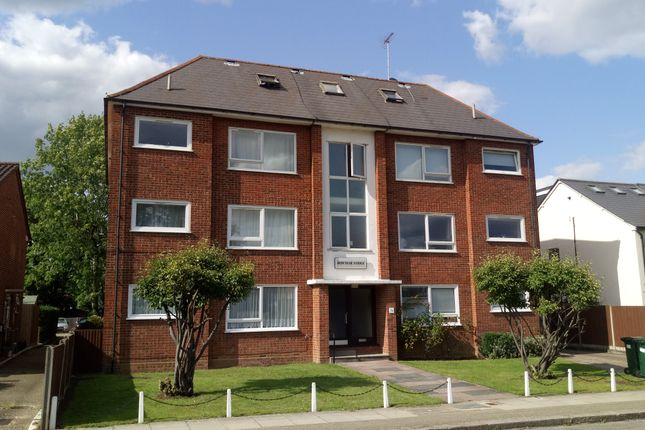Thumbnail Flat for sale in Leicester Road, Barnet