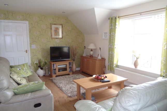 Thumbnail Flat to rent in Pleasant Close, Pontllanfraith, Blackwood