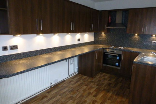 Thumbnail Property to rent in Heol Arfryn, Carmarthen