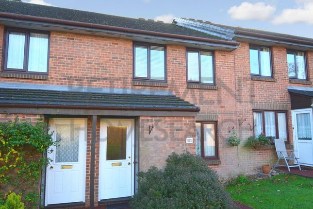 Thumbnail Flat for sale in Ash Grove (Priory Park), Dunstable