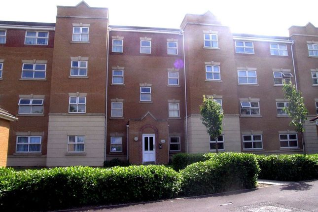 Thumbnail Flat to rent in Pickfords Gardens, Slough