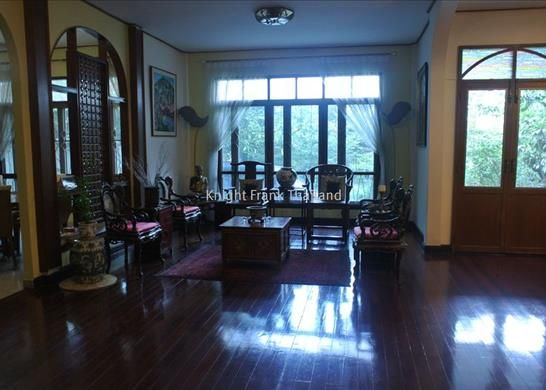 Thumbnail Property for sale in Large Detached House With Great Location