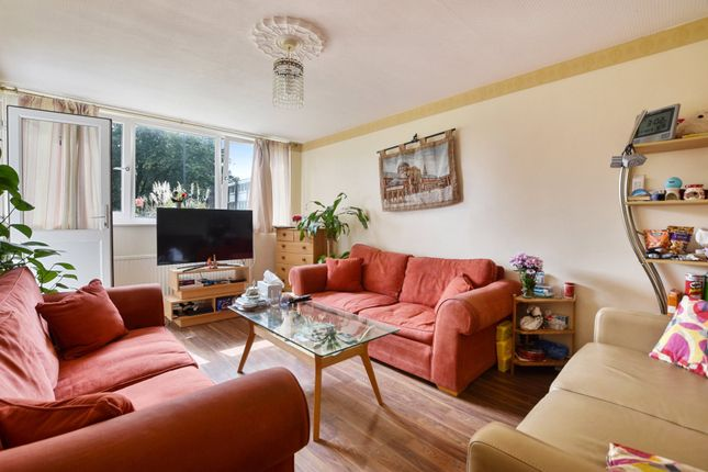 Thumbnail Flat for sale in Clement Close, Kensal Rise, London