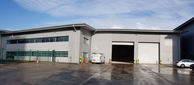 Industrial to let in Coronet Way, Salford