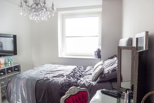 Ferry Court Cardiff Cf11 2 Bedroom Flat For Sale 43745996 Primelocation