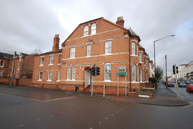 Thumbnail End terrace house to rent in Regent Street, Leamington Spa, Warwickshire