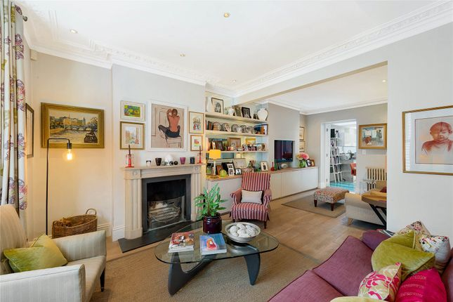Thumbnail Terraced house for sale in Parkgate Road, London